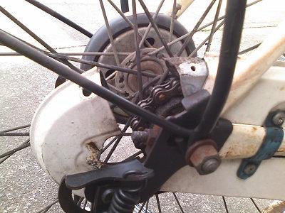 自転車の 自転車 タイヤ交換 前輪 : ママチャリの後輪タイヤを交換 ...