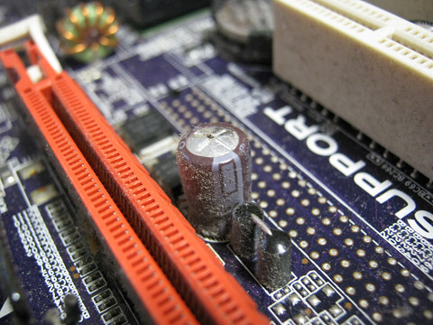 マザーボードコンデンサ交換 resize7_1362.jpg